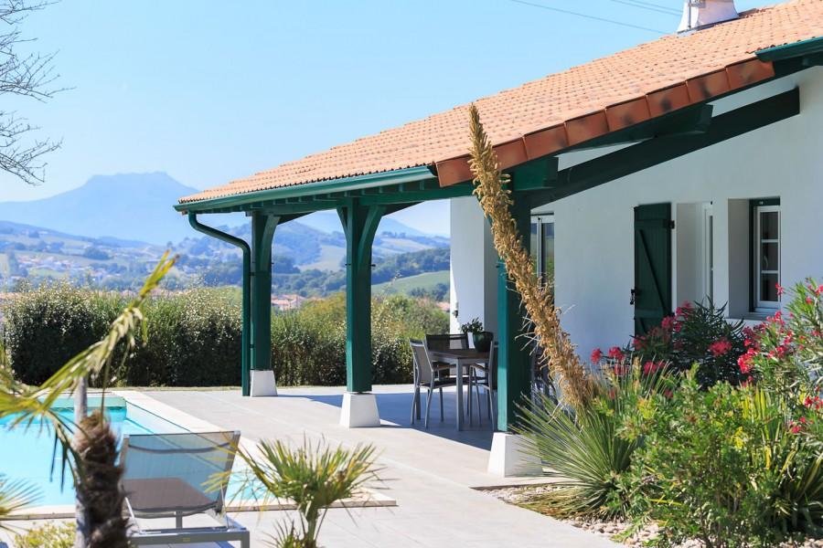 maisons contemporaines pays basque landes constructeur maisons iguski. Black Bedroom Furniture Sets. Home Design Ideas